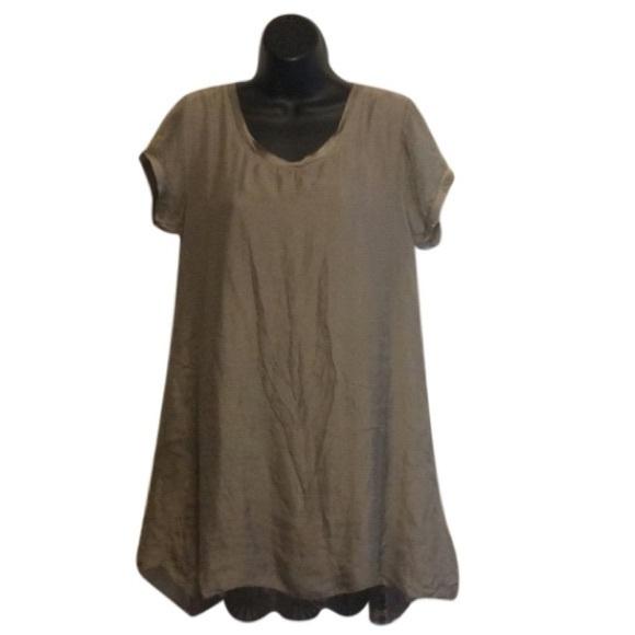 Nieole Dresses & Skirts - Nieole silk tee shirt Dress